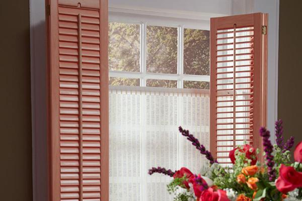 Shutters in Special Colors